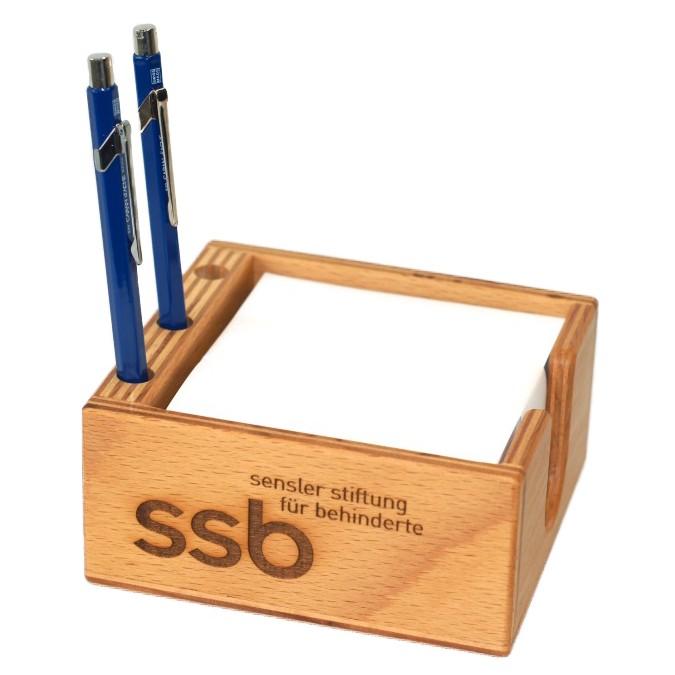 Boîte à pense-bêtes en bois