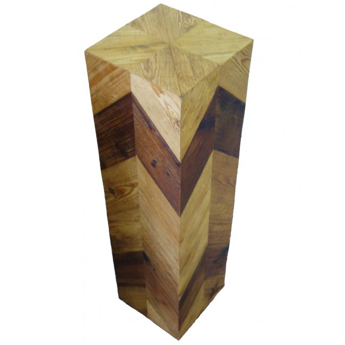 Holzsäule